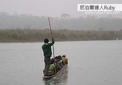 獨木舟不僅是交通工具,也是欣賞水鳥的好途徑