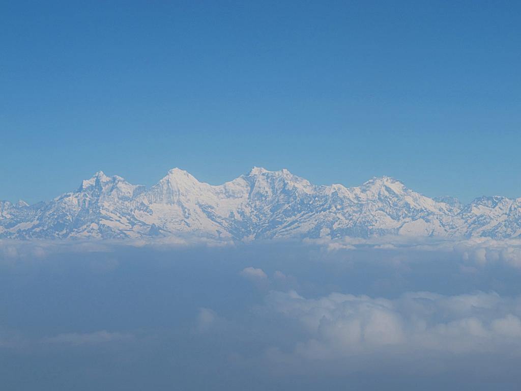 航程中可見雪山景致