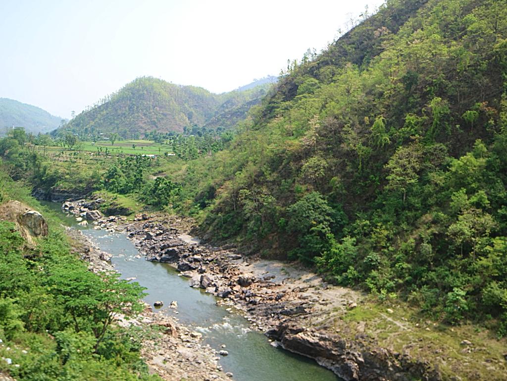 加德滿都─波卡拉公路風景