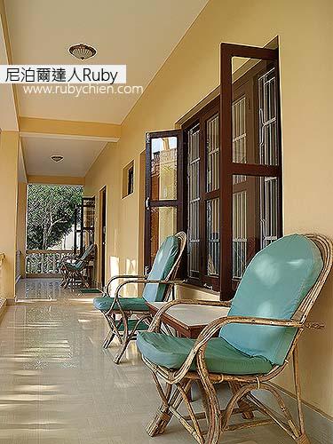 我也喜歡這客房前廊的座椅。